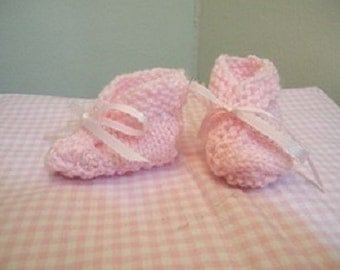 Knit baby booties knit pink, light blue, medium blue