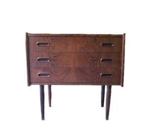 Danish cabinet with drawers in rosewood