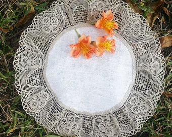 Round linen doily with grey linen lace
