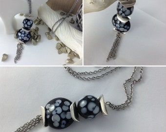 Stainless steel necklace pearls lens and round pattern floral black and white cups Asia steel