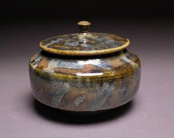 Handmade Ceramic Lidded Jar / Tea Storage