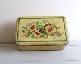Beautiful large tin with violets