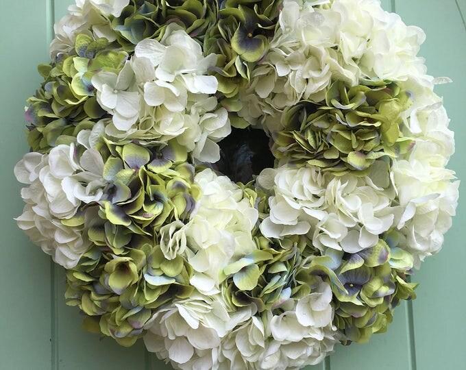 Gorgeous hydrangea wreath (size small)
