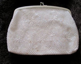 Vintage Beaded Evening Bag, White Clutch Purse, Beaded Flowers, Hideaway Chain Handle, Bridal Purse, Wedding Purse, Prom Purse