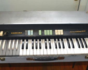 Farfisa Mini Compact Deluxe? Formerly Owned by Charles Kelly The 1 Man Band