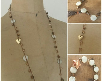 Necklace mother of Pearl and Crystal bracelets and 2 media