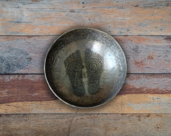 Special Carving Buddha Singing Bowl, 1ft 5 inch Vintage Meditation Bowl Handmade in Nepal - SH06.1