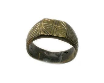 Ancient Roman Byzantine Ring Intricately Engraved Christian Cross ZigZags CrissCross Hatch Marks AD1100 Size 9 #60670