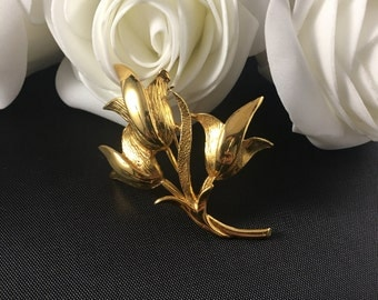 Vintage Stylized Flowers Gold Brooch