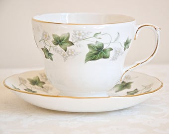 Duchess Ivy vintage white large teacup or coffe cup with saucer. Bone china England. Ideal for Tea & Coffee lovers, tea party, housewarming