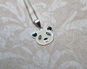 Necklace in 925/1000 silver panda.
