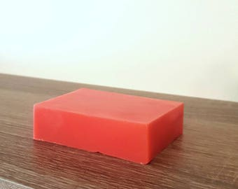 Sweet strawberry soap, 4.4oz, red soap, sweet soap, fruit soap, fresh soap, soap bar, soap favor