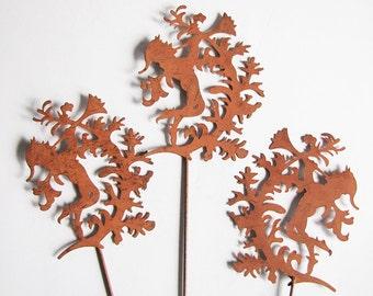 Faun fairy flower plant plug rust rust metal