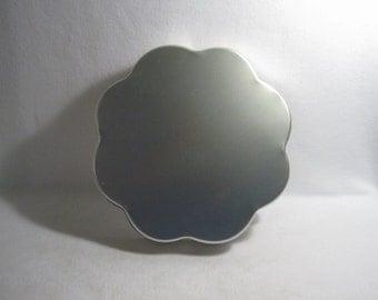 """Wilton 12"""" Petal Pan # 502-1255"""