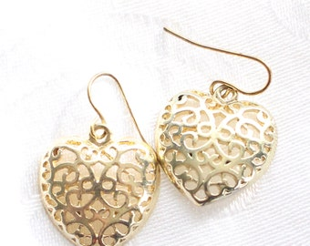 Valentine's Day Vintage Gold Tone Filigree Heart-Shaped Dangle Earrings