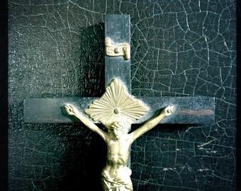 Antique Crucifix   Cross   Ebony   Brass   Skull And Cross Bones