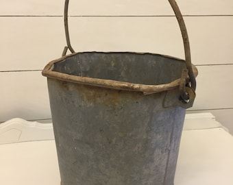 Metal farmhouse bucket