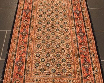 Beautiful Persian carpet mills (thousand flowers)