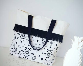 Large tote / Aztec black and white bag