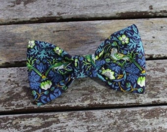 Liberty of London bows, collar accessory, small dogs, Chihuahua collar, puppy collar