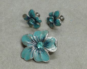 Vintage Floral Pin and Earring Set