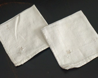 Vintage White Tea or Luncheon Napkins - Set of 2