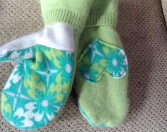 Spring colored ladies medium cashmere mittens
