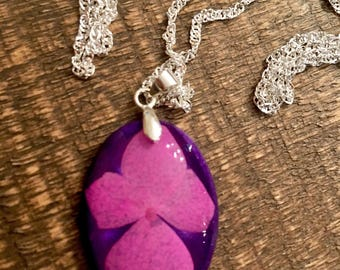 Pink and purple flower pendant, resin jewelry, sterling silver jewelry, dried flower jewelry.