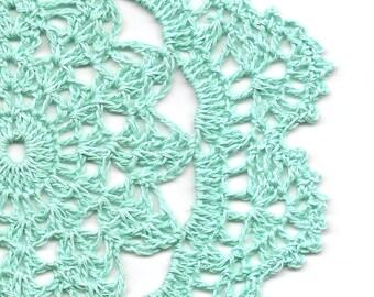 Eco Friendly Crochet Doily Lace Lacy Doilies Elegant Linen Table Decor French Romantic Shabby Chic Wedding Retro Vintage Natural Mint Green