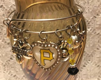 Pittsburgh Pirates Charm Bangle Bracelet/Pittsburgh Pirates Jewelry/Pittsburgh Pirates/Pirates Fan Gear/Pirates Baseball/Pirates Gifts
