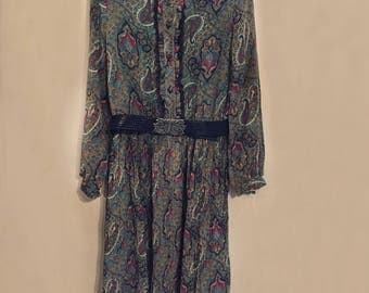 Japanese vintage 1970's Paisley design dress with a flower belt