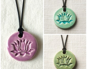 Essential Oil Necklace/Comes with 100% Pure Lavender Oil/Aromatherapy Necklace/Yoga//Free Gift Wrap