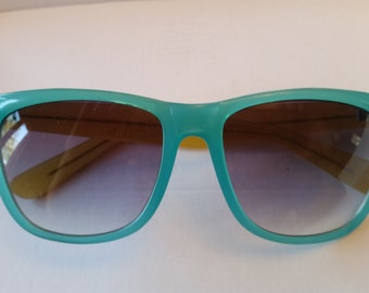 Wayfarer Aqua and yellow vintage retro - Ray-Ban style wayfarer sunglasses