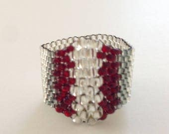 Peyote Seed Bead Ring, Beaded Ring, Silver Ring, Red Ring, Unique Ring