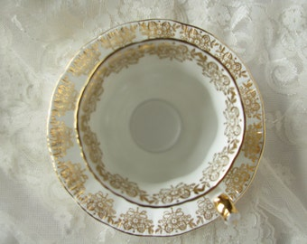 Paragon cup saucer Congratulations cup saucer Bone China paragon Gold paragon White gold tea set Openwork pattern Paragon vintage gift mom