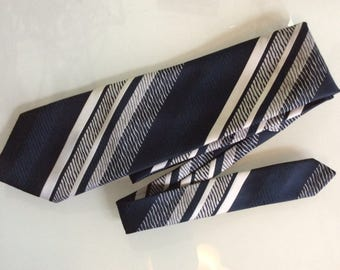 Vintage wide silk tie by Louis Feraud.1970's Retro Designer tie disco era