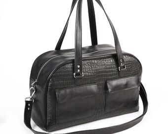 Sturdy bag black crocodile print