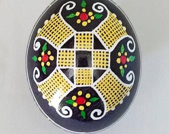 Ukrainian pysanka egg, decorative eggs, folk art, thoughtful gift for her, unique home decor, fireplace mantel decor, egg art, pysanky