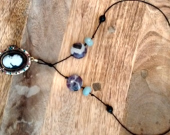 Cameo necklace with amethyst and amazonite