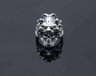 lion ring-jewelry - lion with skull ring-silver ring- animal ring-handmade ring-totem/familiar ring