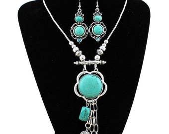 Turquoise Jewelry Set, Vintage look Statement Necklace, Diva Necklace, Boho Chic Necklace Set