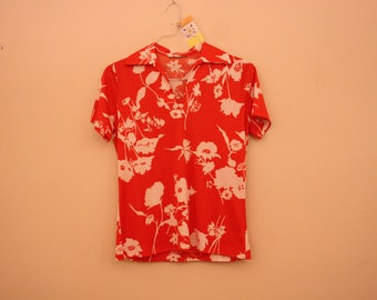 Vintage Red Hawaiian Top *Flat Rate Shipping* [Cute Vintage Top Shirt Blouse Women's Size Small Clothing Retro Fashion] 37 inch waist