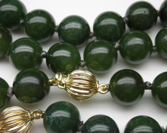 High quality jade necklace and bracelet - Matching set with 14kt gold clasp