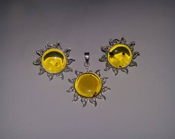 Game of said and amber with silver Sun earrings