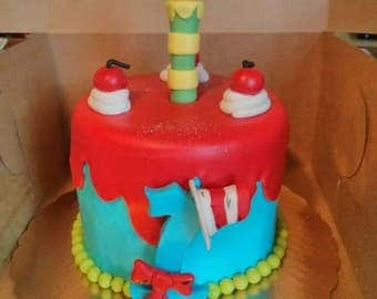 Fondant Dr.Suess Cake Topper (set of 5)