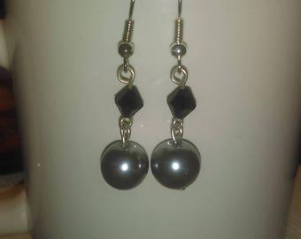Dangle pearl & bicon bead earrings
