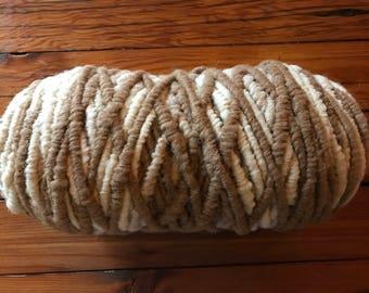 Organic, White/Medium Fawn, Core-Spun Rug Yarn, 100% Alpaca