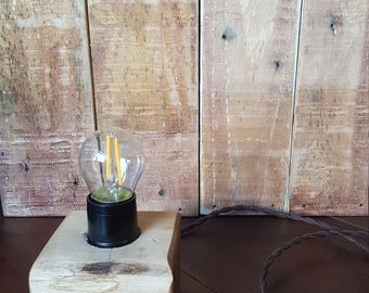 Solid Oak Desk/Shelf/Table lamp with LED bulb and twisted fabric cable