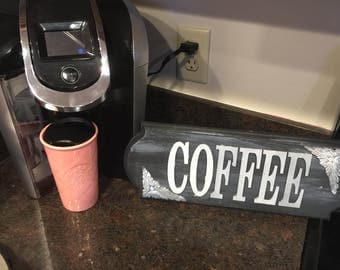 Coffee sign colors can be customized