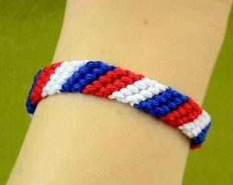 Diagonal Friendship Bracelet